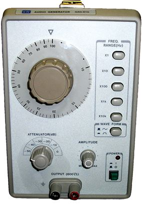 Picture of Instek GAG-810 1 MHz Audio Generator