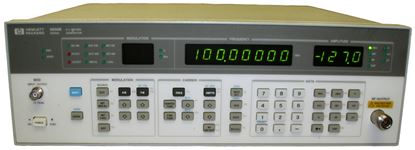 Picture of Agilent/HP 8656B 990 MHz Signal Generator