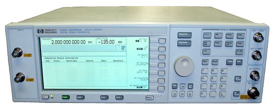 Picture of Agilent/HP E4431A 250 kHz to 2000 MHz Digital RF Signal Generator