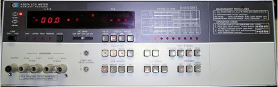 Picture of Agilent/HP 4262A LCR Meter