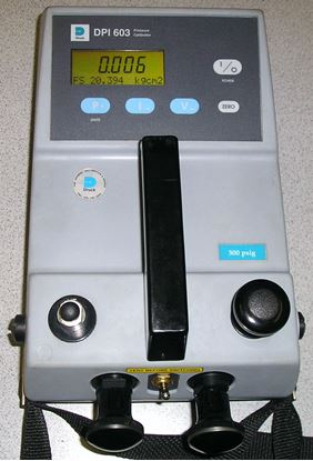 Picture of GE/Druck DPI603 300 PSI Pressure Calibrator